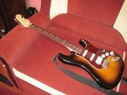 Продаётся гитара Fender Deluxe Stratocaster