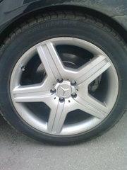 продаю диски + шины от Mersedes s500,  221 кузов. диски R19amg