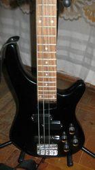 Продам бас гитару Santander
