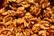 Куплю оптом грецкий орех урожая 2015 г.